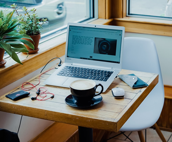 How to Side Hustle Remotely: Finances During COVID-19