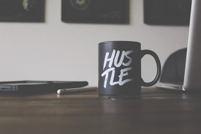 Keys to Financial Freedom: Introducing the Side Hustle