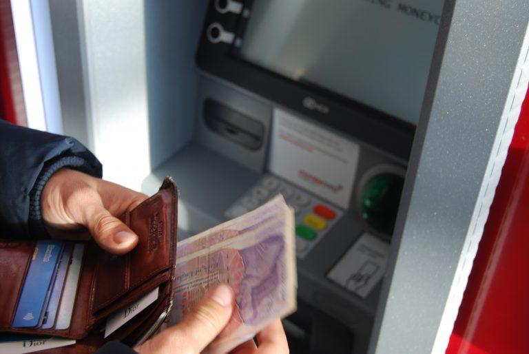How do overdrafts work?