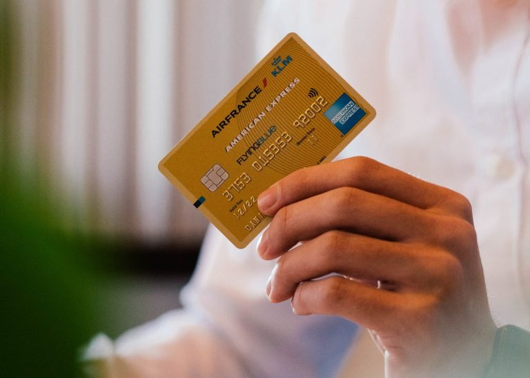 What Do Premium Credit Cards Give You?